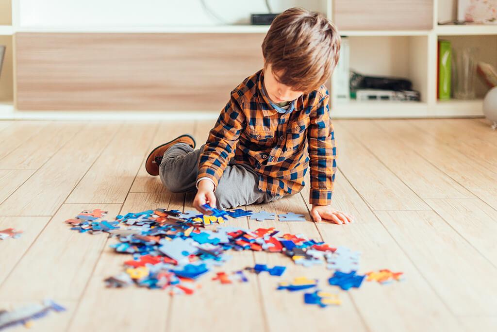 بازی با کودک در خانه